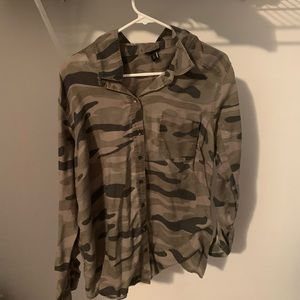 Torrid army color long sleeve shirt